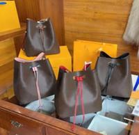 2021 Sacos de compras Grande capacidade de moda mulheres designer bolsas de primeira qualidade Cosmetic Case Bucket Bag Ombro Saco Crossbody Bags - Lacosk