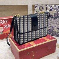 2021 حقائب جديدة حقائب الكتف أعلى جودة مطرز حقائب crossbody مصمم الأزياء حقيبة مائل أسود الجاكار رسول حقيبة مربع الأصلي