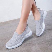 Scarpe vulcanizzate 2020 Sneakers da donna in maglia traspirante camminata femmina casual slip on slittamento da donna appalti morbida donna calzatura donna calda S5JW #