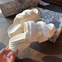 Velcro de verão Sandálias Casuais, Sapatos de Solução Loose Chic Feminino, Perfeitamente Respirável Mid-Heel Plana Chinelos de Praia, Tamanhos 35-40