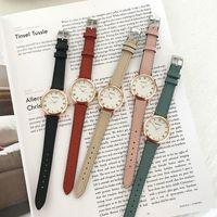 패션 캐주얼 여성 Watchces 레트로 로마 다이얼 디자인 쿼츠 시계 빈티지 가죽 밴드 숙녀 간단한 손목 시계