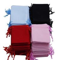 Trasporto libero 200 pz 7x9cm Velvet coulisse con coulisse sacchetto / borsa dei gioielli, natale / sacchetto regalo di nozze nero / rosso / rosa / blu T200602