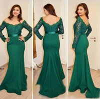 Hunter Green Lace Evening Dresses Long Sleeves Mermaid Satin Formal Party Gowns With Bateau Neck V Back Open Prom Dress