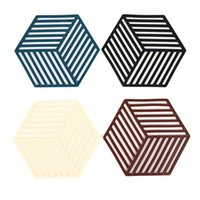 Mats & Pads 1Pcs Silicone Tableware Insulation Mat Cup Hexagon Pad Heat-insulated