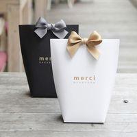 """5 stücke gehobene schwarze weiße bronzing """"merci"""" süßigkeiten box französisch danke wedding favors geschenkbox paket geburtstagsfeier favors taschen"""