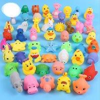 Hohe Qualität Baby Bad Spielzeug Ente Sounds Mini Gelb Gummiente Ducks Bad Kinder Schwimmen Strand für Kinder Geschenke