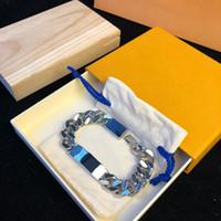2021 Braccialetti di design del polsino di lusso di moda che vendono rifornimento di hip hop personalizzato in acciaio in acciaio in acciaio in argento di alta qualità