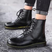 أحذية جلدية زوجين الخريف جديد جلد جديد الأعلى الأحذية 2019 النمط البريطاني دراجة نارية أحذية البرية إمرأة رجالي المرأة أحذية رجالي الصنادل f c0ny #