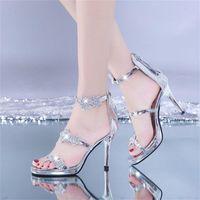 Mesdames High High talon élégant scintillant brillant étoile de brillance et chaussures de mariage de cardiaque WJ011 210310