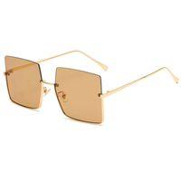 Novo design de perversão meia moldura moda unisex sunglasses quadrado uv400 lentes completa metal derrubar meio aro óculos
