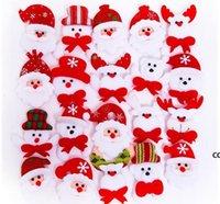 Noel Hediyesi LED Parlayan Santa Kardan Adam Geyik Ayı Glow Yanıp Sönen Karikatür Broş Rozeti Oyuncak Noel Işık Dekorasyon DHB9112
