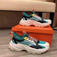 2021 универсальные мужчины поток дизайнерские туфли нейлоновые верхние замшевые туфли скользкие тканевые вентиляции повседневная обувь с коробкой пыли
