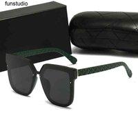 Top luxury aviators Sunglasses polaroid lens Brand designer womens Mens Goggle senior Vintage Metal Sun Glasses no Box