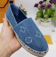 Klasikler Loafer'lar Kadınlar Espadrilles Düz Ayakkabı Tuval Ve Loafer'lar İki Ton Kap Toe Moda Rahat Ayakkabılar 02