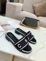 40% Desconto Itália Ace Chinelos Pérola Cobra Impressão Slide Verão Amplo Plano Senhora Slipper Homens Mulheres Sandálias Bordado Tecnologia Luxo Designer Sapatos com Caixa Original