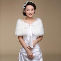 2020 Pelzschal Hochzeit Wrap Formale Kleid Cheongsam Schwangerend mit verheirateten Oberbekleidung Braut Kap White Herbst Winterjacke