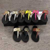 Herren-Leder-Tanga-Sandale mit doppelten G-Designer-Frauen-Folien Flip Flops Slipper Metallkette Mode Sommer Strand Sandalen größere Größe mit Box 36-48