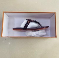 2021 Высококачественные женские плоские тапочки роскошные дизайнерские сандалии кожаные бренд девушки слайд сандалии повседневные флип-флепы размером 35-43 с коробкой