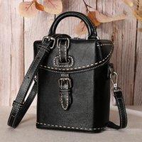 Bestform véritable cuir Mini sacs 2021 Nouveau Vintage Cowhide Femmes Petits Sacs à bandoulière Loisirs Sac à messagerie Solide Couleur Solid