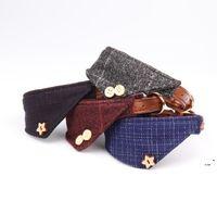 Plaid-Dreieck-Welpen-Halsbänder für kleine Hunde einstellbare Welpen-Lederkragen Niedliche Plaid-Bandana mit Knopfdekor-Hundehalsband-Geschenke OWF5535