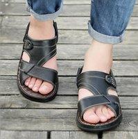Slippers جلدية رجالية عارضة أحذية الشاطئ 2020 الصيف جديد تنفس أحذية مريحة سميكة سوليد أبي الصنادل الأزياء
