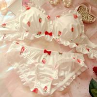 Strawberry mignon japonais de lait de soie de soie en soie sainting Set Soft Sous-vêtements Kawaii Lolita Bra et Culotte Lingerie rose