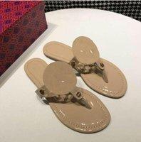 2021 Zapatillas para mujer Clip Toe Woman Sandalias Casual Pisos Pisos Diapositivas Calzado de playa Nuevos Flip Flops Ladies Fashion Calzado Miller 35-42