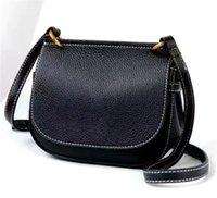 Women luxurys designers bags 2021 High Quality Velvet Shoulder Handbags Purses Gold Chain Fashion letter Crossbody Bag
