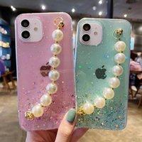 Gradiente glitter pérola cadeia de pulso casos de telefone para iPhone 12 11 pro max xs xr se 7 8Plus claro macio capa epóxi