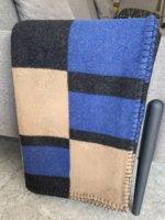 Design de moda Luxo lã letra cobertor espessado quente sp office carro sofá cobertores em inverno várias cores