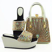 Sandalias Blancas Zapatos de Mujeres Match Monedero Conjunto de coloridas Decoración de Rhinestone African Bombas y Bolsa Para Vestido MD009, Talón 9cm