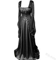 Mittelalterliches Kleid Tiefschlüssel Luxus Square Neck Flare Sleeve Taille Lace Up Design Damen Langer Rock
