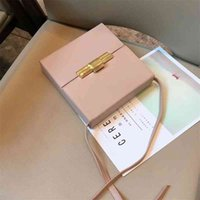 80% Off Online Store Qi Wei's same bag, Daisey cigarette case, skin lock box, small square female messenger Direct Sales sa