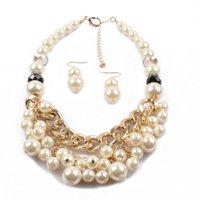 Imitation Perle Colliers en forme de U Boucles d'oreilles Ensemble de luxe Température étoile en alliage en alliage Verre Perle plate Courte Collier multicouche Simple Niche Perles Bijoux