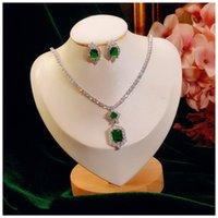 Sieraden sets voor vrouwen S925 sterling zilveren smaragdd edelsteen oorbellen sprankelende ketting klassieke fijne sieraden daling