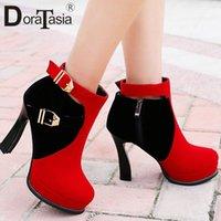 Doratasia 33 43 Nuova Fashion Belt Fibbia Ladies Tacchi alti Stivali Donne Colori misti Piattaforma Piattaforma Stivaletti Party Shoes Sexy Scarpe Donna 79NL #