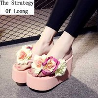 2019 Summer New High Heels 11 CM Wedge Women Flip Flops Ladies Platform High Heels Thong Slippers Sweet Flowers Sandals 1812 A0602