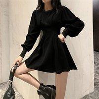QWEEK Siyah Goth Gotik Elbise 2021 Yeni Hit Harajuku Uzun Kollu Bodycon Mini Elbise Kadınlar için Kadınlar için Casual Elbiseler Y0118