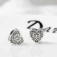 Retro Hollow Heart Style Alloy Charm Loose Bead For Pandora Bracelet Snake Chain Or Necklace Fashion Jewelry