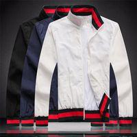 Mens des designers Veste luxueux Mens manteau Hommes Hommes Femmes Vestes de haute qualité Mode Mens Styliste Manteaux d'hiver Taille M-XXXL