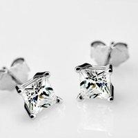 Moda elegante Zircon Four-Claw Stud Pendientes de plata Color Cristal Simple Mujer Participación Regalo Joyería