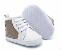 Zapatos de bebé zapatos zapatillas de deporte de deporte de zapatos de cuna unisex sólido infantil PU de cuero calzado para niños pequeños mocasines bebé primer caminante zapatos 0-18mos