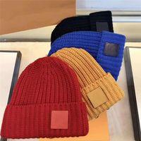 Fashion beanie unisexe chapeau tricoté lettres plaid lettres décontractées Casquettes de crâne Sports crânes chapeaux dames occasionnels décontractés en plein air de haute qualité