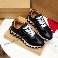 الرجال الرياضة عارضة الأحذية النسائية الكلاسيكية ناعمة الجلود المدربين سمك القرش أحذية رياضية قماشية منصة الأحذية الأحذية المسطحة