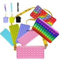 Toys Fidget Toys Sensory Fashion School School Etudiante Étui-crayon Poussoir Bubble Rainbow Anti Stress Enfants éducatifs et adultes Décompression Toy SU