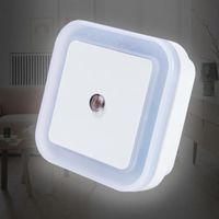 Smart Automation Modules Licht Sensor Control Nacht LED Induktion Home Schlafzimmer Lampe Auto 4 Farben US / EU-Stecker