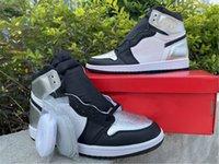 Top Qualité Publié 2021 High OG WMNS Silver Toe Basketball Chaussures Femmes Hommes Fashion Baskets de concepteur Luxurys Sneakers Fluze 36-47.5 avec boîte