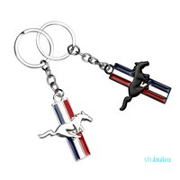 Keychains Car Mustang Badge Keychain 3D Metal Key Chain Rings Decoration For Ford Fiesta Focus Ranger Mondeo Kugo Ecosport ST Racing