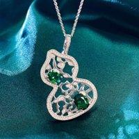HBP Fashion Luxury 925 Sterling Silber Halskette Weibliche klassische o-förmige Kette integriert mit grünem Diamant unregelmäßiger ausgehöhlter Kürbis-Anhänger