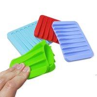 Yaratıcı tarak şeklindeki duş sabunluk ücretsiz perforasyon boşaltma sabunluk çevresel olarak silikon sabunluk 18 renkler owe5124